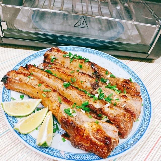 FREEROLL翻轉烤箱 料理:烤豬排