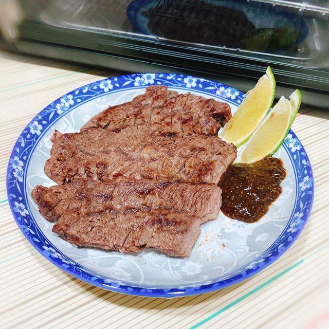 FREEROLL翻轉烤箱 料理:煎牛排