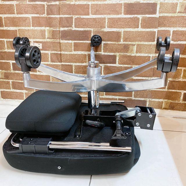 Future Lab 7D人體工學躺椅組裝 椅墊 + 底座