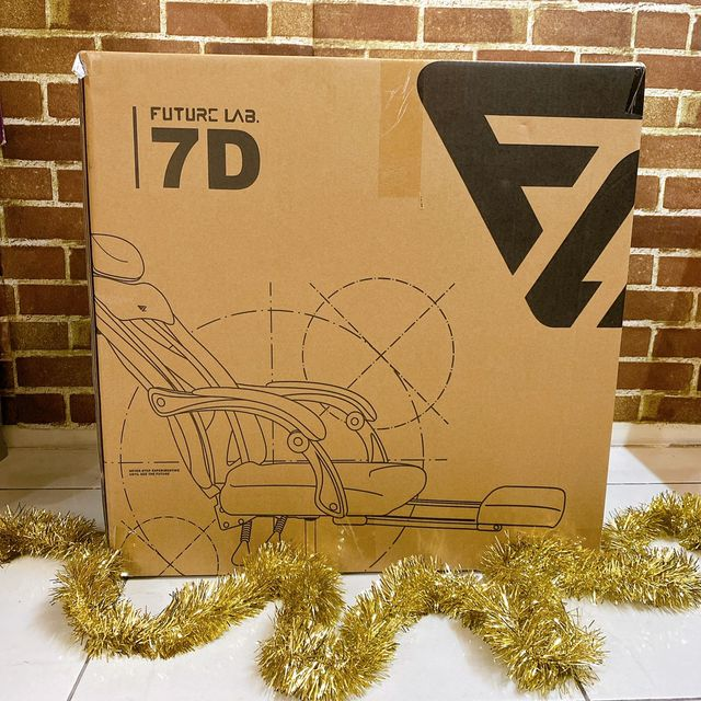 Future Lab 7D人體工學躺椅開箱照