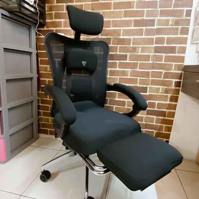 Future Lab 7D人體工學躺椅評價